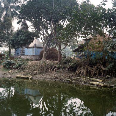Bideshi Photostudio in Rudrapur / Bangladesh. A project by Kurt Hoerbst.